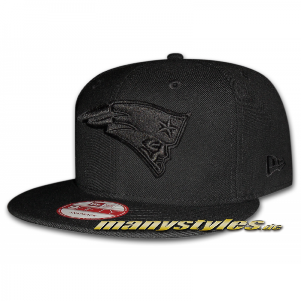 New England Patriots 9FIFTY NFL Black on Black exclusive Snapback Cap Special