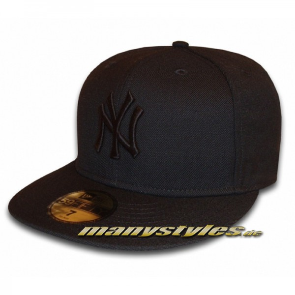 NY Yankees 59FIFTY MLB Black on Black Cap