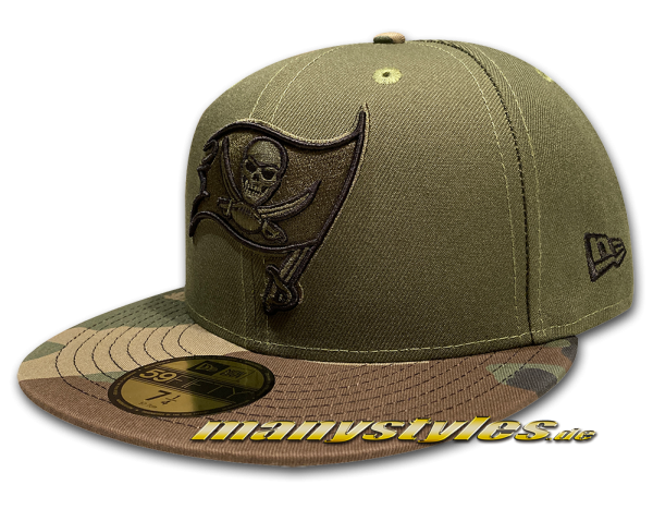 Tampa Bay Buccaneers 59FIFTY NFL manyStyles exclusive Camo Visor Cap in Rifle Green Woodland Camouflage von New Era